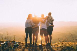Descubre qué tipo de amigo eres de acuerdo a tu signo zodiacal