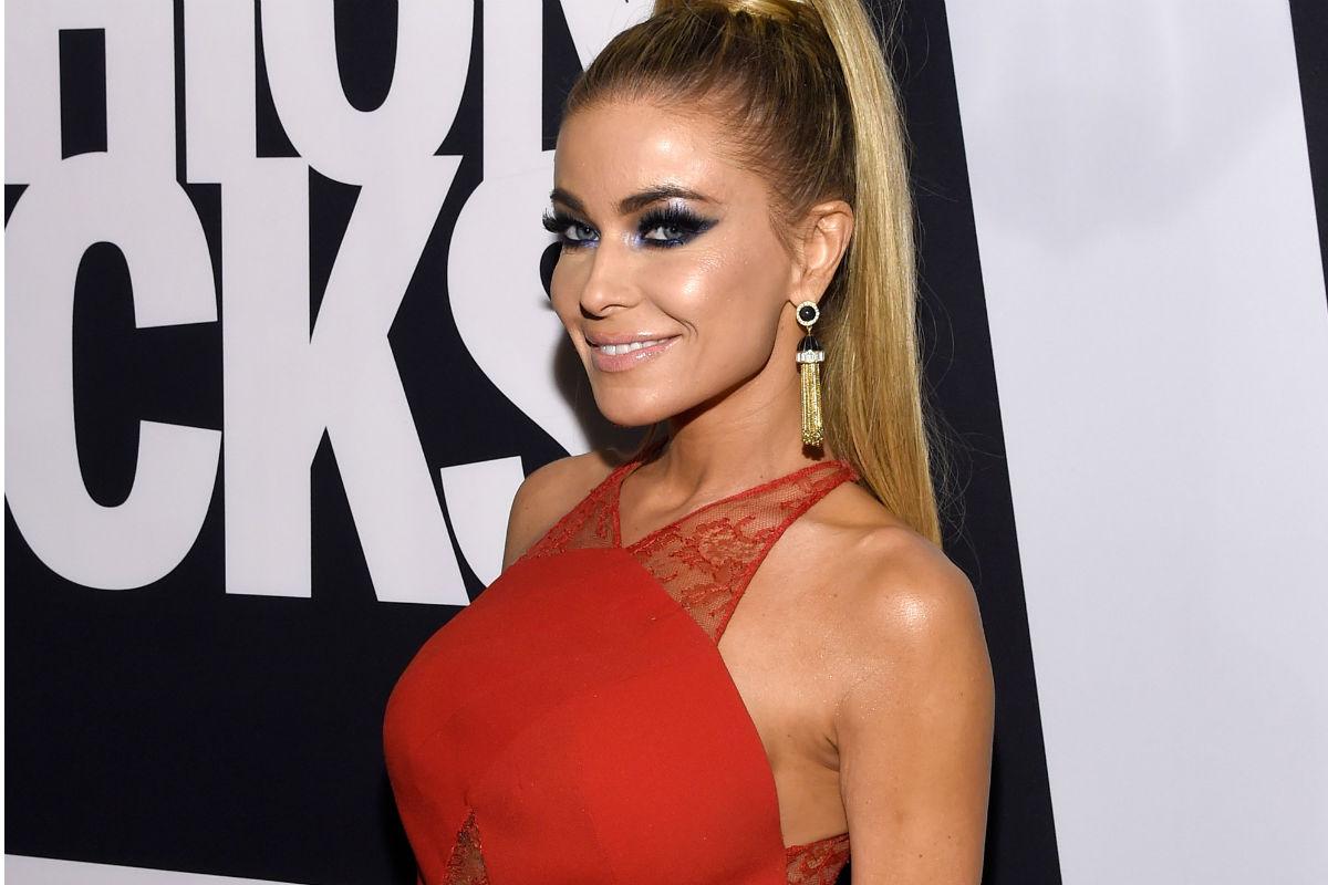 Carmen Electra reveló que tuvo sexo con Dennis Rodman en la cancha ...