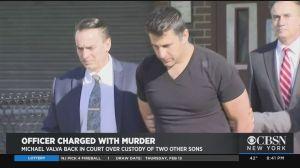 Policía acusado de matar a su hijo autista dice que no puede pagarse un abogado