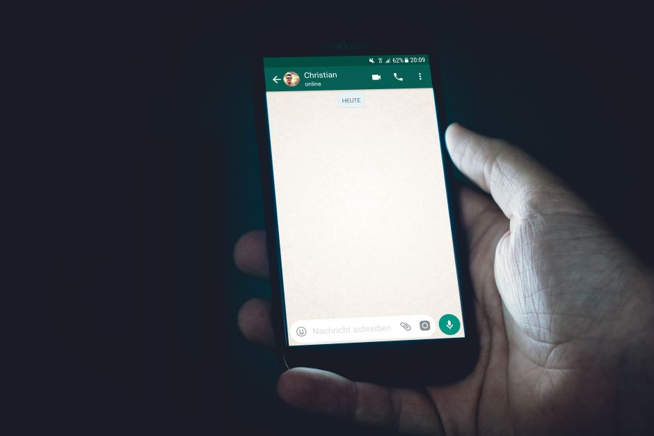 Pronto podrías pagar por WhatsApp; esto es lo que afina el servicio ligado a Facebook