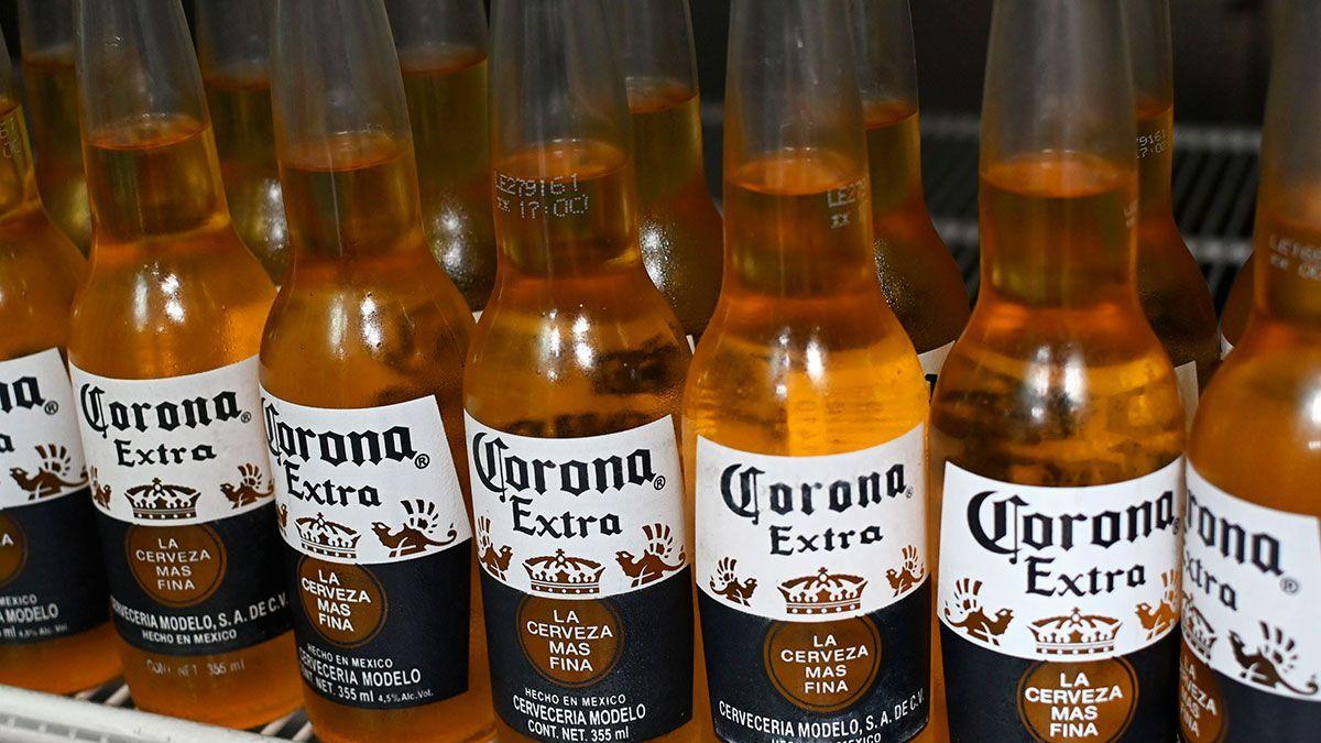38% de consumidores está evitando cerveza mexicana Corona en EEUU porque la asocian con el virus mortal