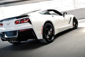5 autos deportivos no tan caros y tan divertidos como un Corvette