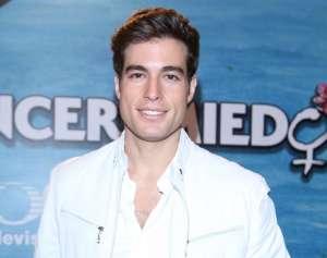 Danilo Carrera responde si es verdad que ya se olvidó de Michelle Renaud y está estrenando romance