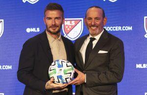 ¿Quieres tu firma en el balón oficial o jugar con David Beckham? La MLS se une al #AllInChallenge y la lucha contra el coronavirus