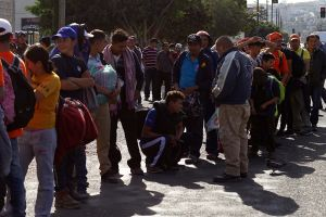 Abogados voluntarios sacan la cara por los refugiados en la frontera