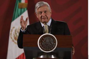 AMLO condena amenaza al periódico Reforma por presunto narco del cártel de Sinaloa