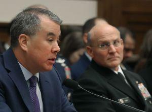 Trump destituye a un alto funcionario de defensa que certificó la ayuda de Ucrania