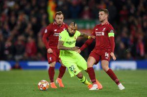 Esposas de jugadores del Liverpool dan a luz nueve meses después de que el equipo venciera al Barcelona 4-0