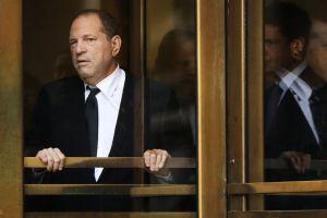 Le llegó la hora a Harvey Weinstein: Jurado se retira a deliberar en el caso por abusos sexuales