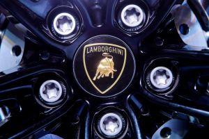 Videos: 'Tuneó' su Lamborghini en honor a Kobe Bryant y ahora lo quiere vender
