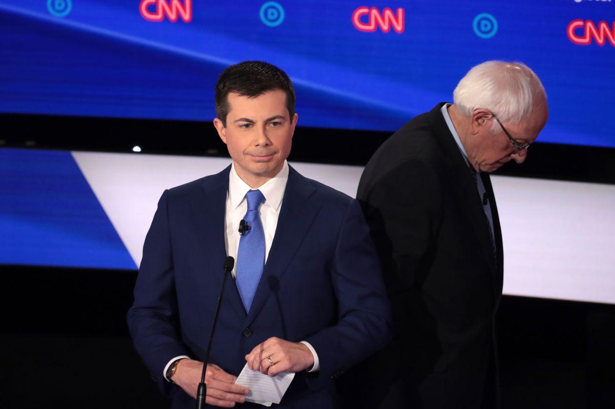 Buttigieg y Sanders lideran primeros resultados de 'caucus' en Iowa tras fallas en el sistema de conteo