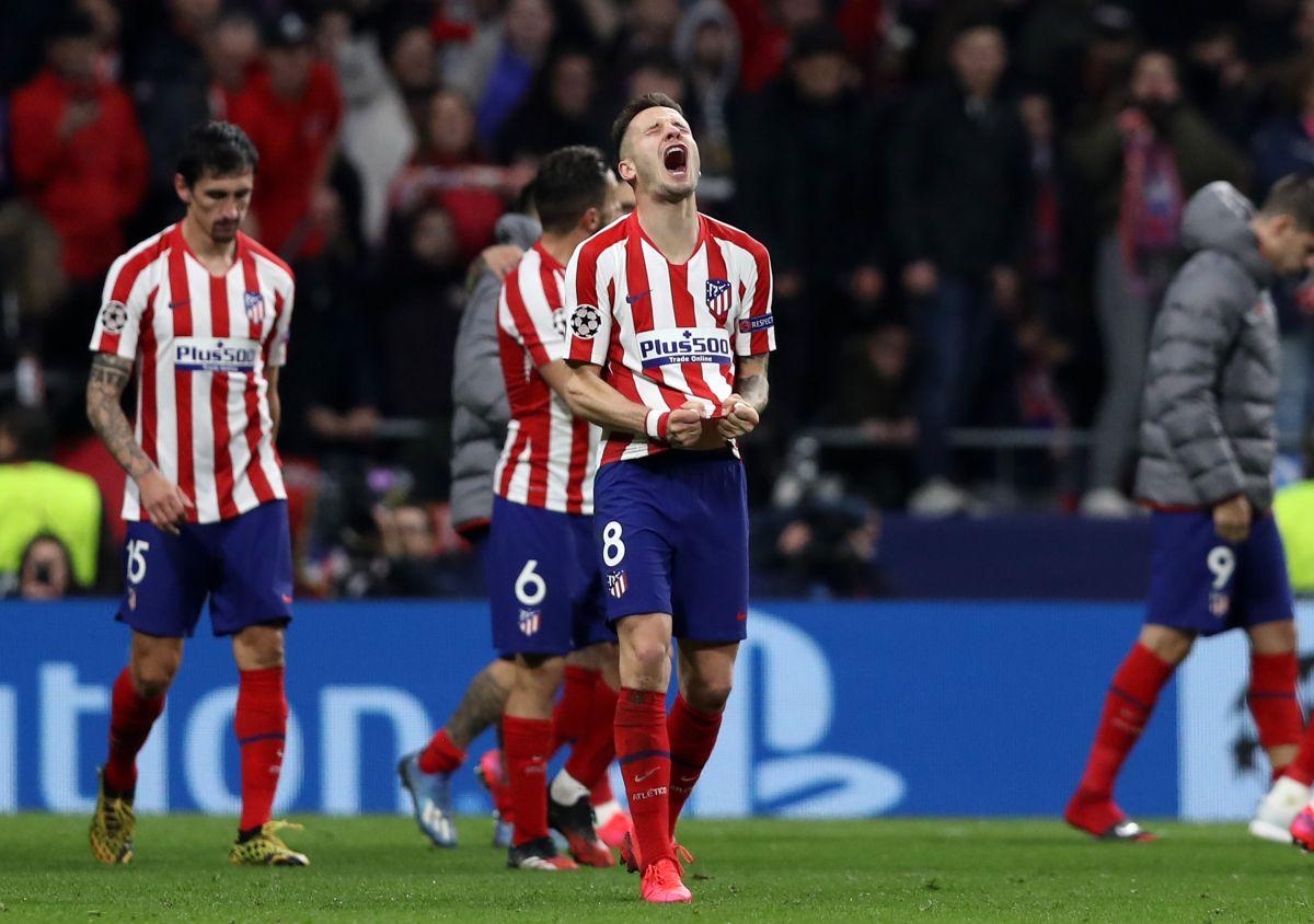 Saúl celebra el único gol del partido ante el Liverpool.