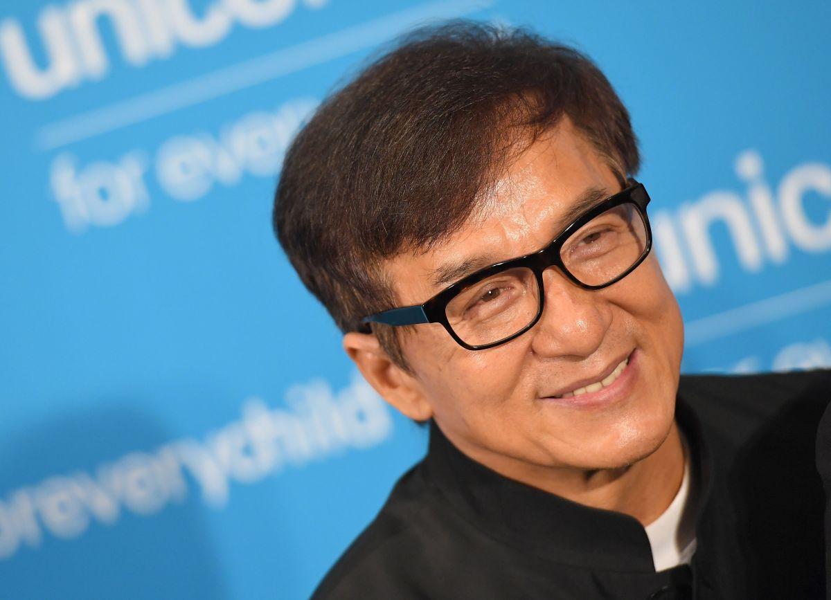 ¿Actor Jackie Chan en cuarentena por coronavirus de China?