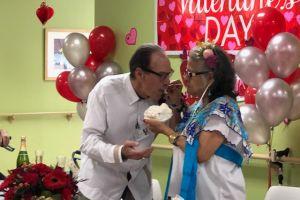 Se conocieron en un centro para personas de la tercera edad y se casaron