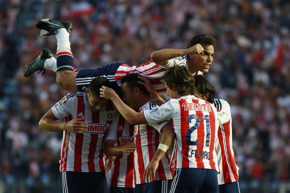 El récord que Chivas rompió en el juego ante Xolos