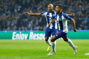 ¡Sube como la espuma! 'Tecatito' Corona anotó el gol del mes en Portugal y ya vale lo mismo que Piqué, Alexis y Cavani