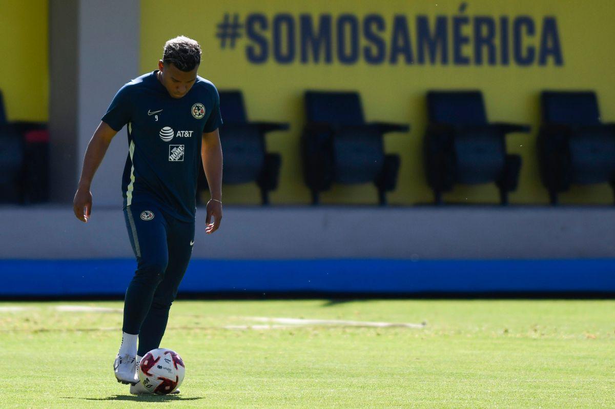 Roger Martínez se quedará en el América.