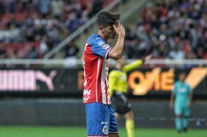 Chivas aburre ante Toluca y sigue sin ganar en la eLiga MX