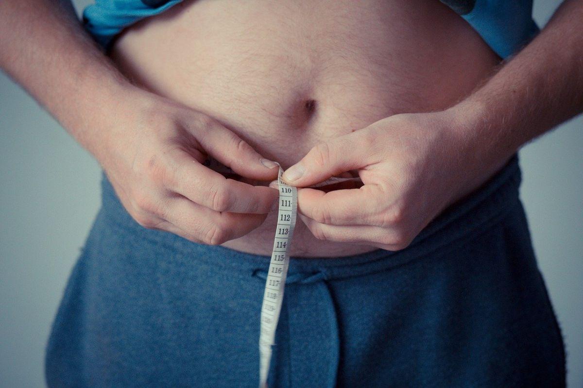 5 alimentos que más inflaman tu cuerpo