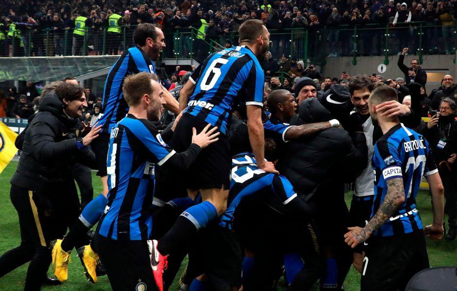 El Rey de Milán: un derbi espectacular le devuelve el liderato al Inter en la Serie A