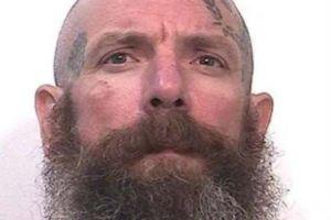Convicto en California confiesa haber asesinado a dos violadores de menores en prisión y amenaza con matar a más
