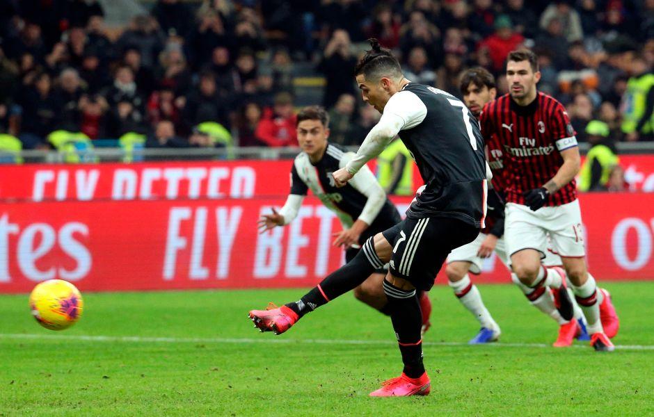 La Copa de Italia está en semifinales: el duelo de egos entre Cristiano y Zlatan, terminó igualado