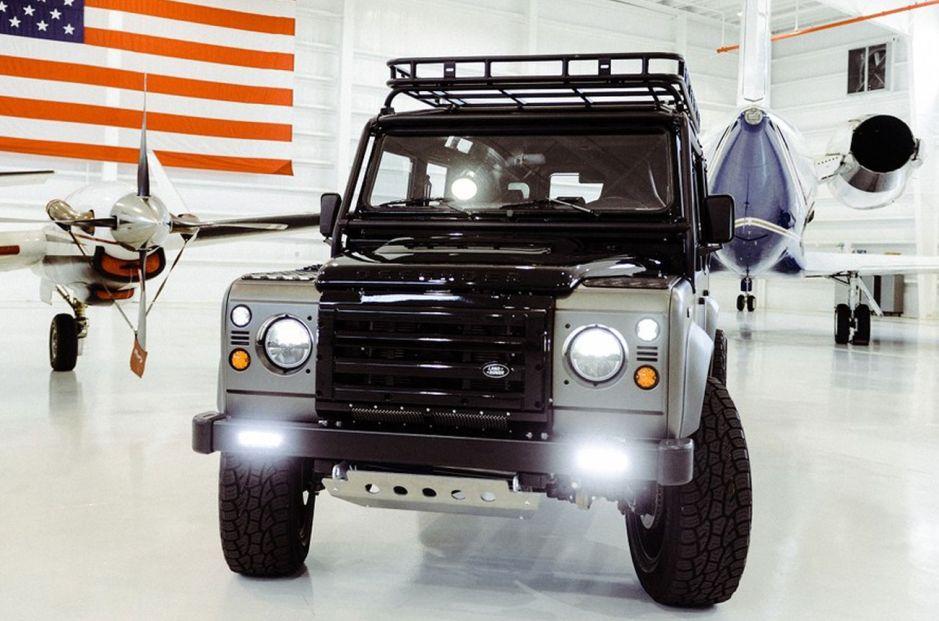 Este Land Rover Defender de Osprey es una joya todoterreno