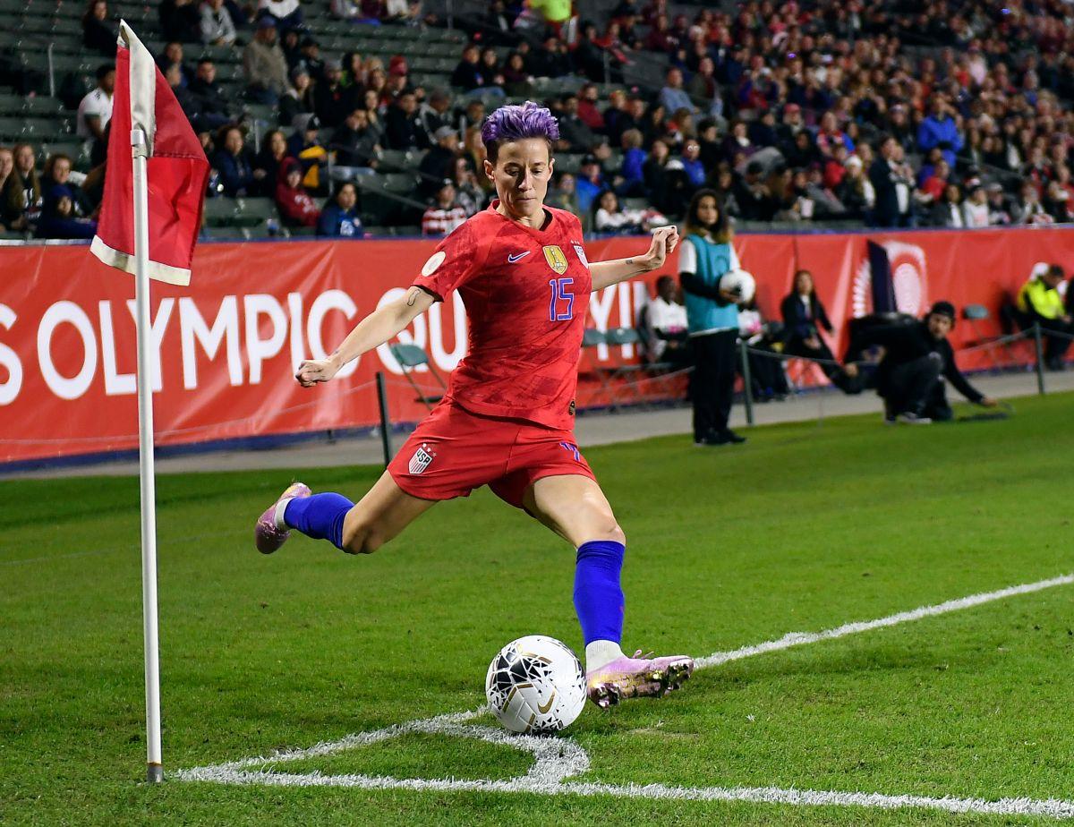 Futbolista de la selección nacional femenina, Megan Rapinoe, pide en la Casa Blanca salarios igualitarios