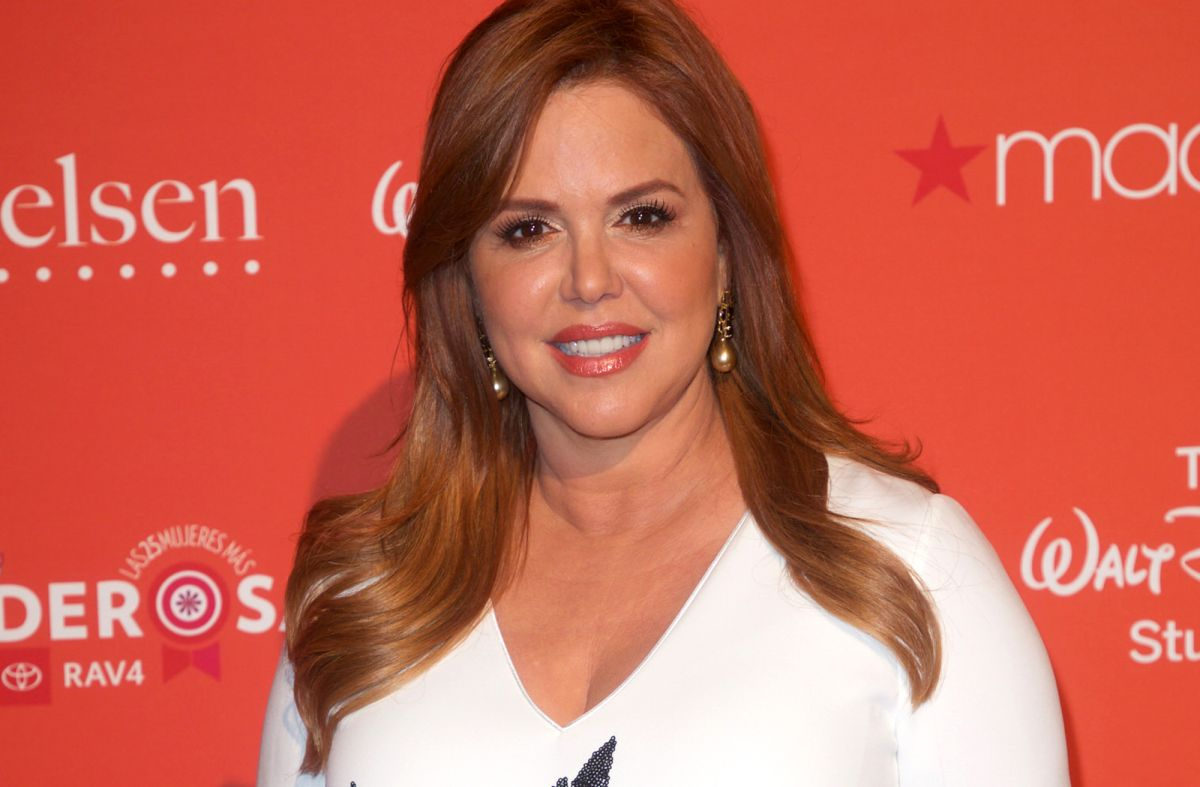 ¿El despidode María Celeste Arrarás le pesa a Telemundo? Rebeka Smyth se despide de Al Rojo Vivo