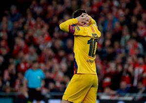 El Barcelona, eliminado de la Copa en el último minuto y tocando fondo como hace tiempo no se veía