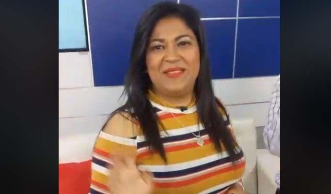 """Zelaya Gómez durante la celebración de su cumpleaños en """"Las Doñas"""" de QhuboTV."""