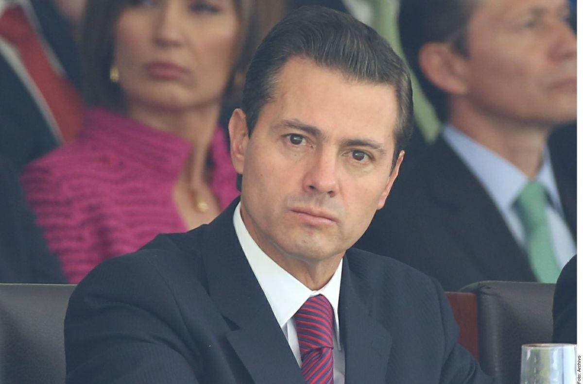 Senadores mexicanos piden que ex presidente Peña Nieto rinda cuentas por traidor a la patria