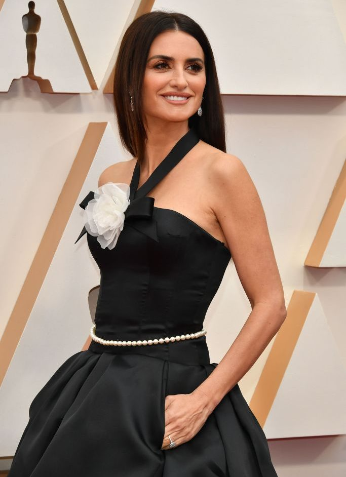 Penélope Cruz. HOLLYWOOD, CALIFORNIA - FEBRUARY 09: Penélope Cruz attends the 92nd Annual Academy Awards at Hollywood and Highland on February 09, 2020 in Hollywood, California. (Photo by Amy Sussman/Getty Images)