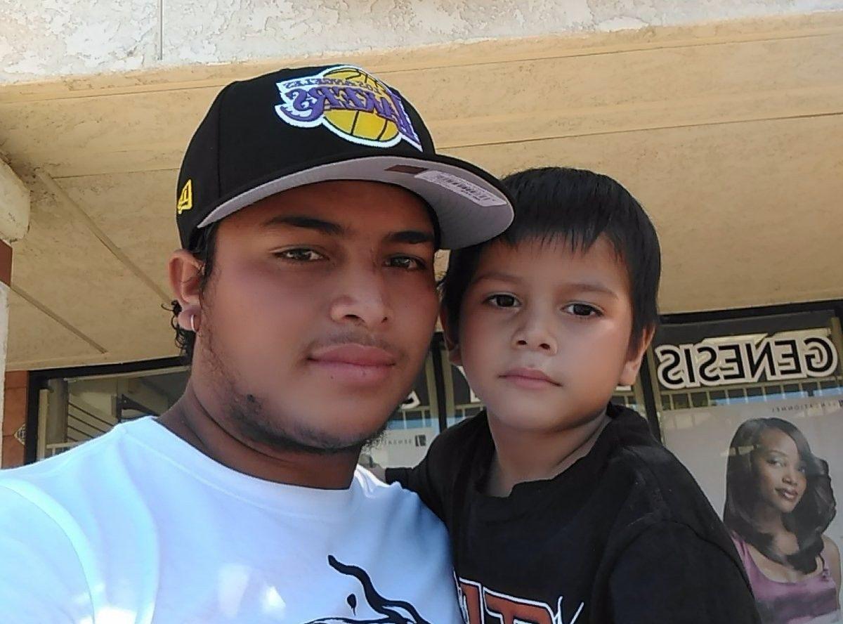 Juan Manolo  fue separado de su hijo por ICE el martes 4 de febrero.