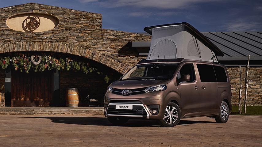 Conoce el Toyota Proace Verso, el auto que se convierte en casa de acampar