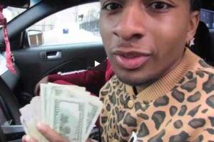 Rapero de Chicago que mató a su madre retiró $70,000 dólares para ropa de diseñador, Mustang y más