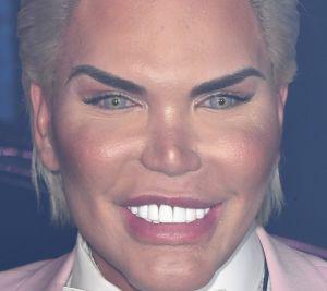 Así quedó el Ken Humano con su último drástico cambio de look
