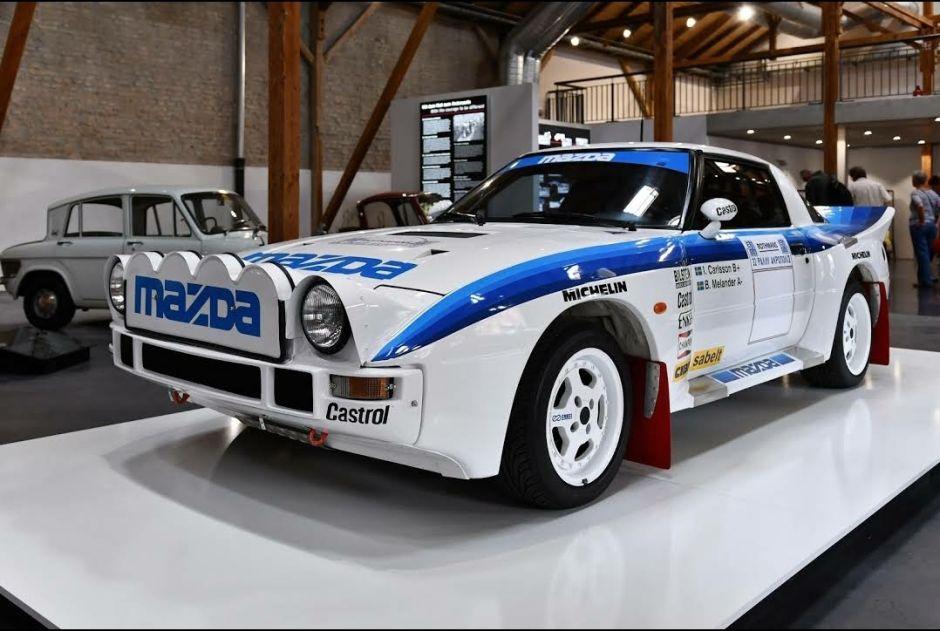 El museo de Mazda festeja 100 años de la marca con gran colección de autos