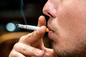 Así es como el cigarrillo nos lesiona las arterias