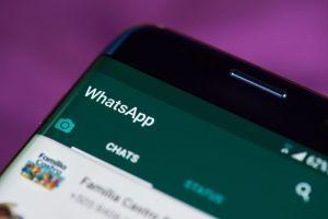 Grave falla de WhatsApp deja expuestos tus chats de grupo en Google