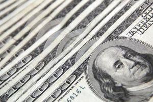 Trabajador de Florida que ganaba $25 al día encuentra un sobre con $20,000 adentro
