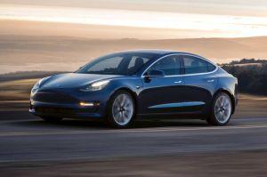 12 razones que hacen al Tesla Model 3 el vehículo más querido de todos