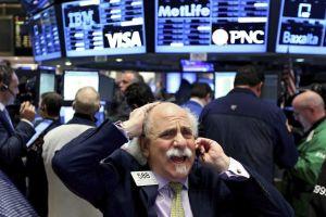 Wall Street sufre la peor caída de puntos de la historia por culpa del coronavirus