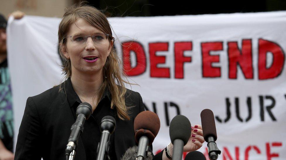 Manning fue declarada culpable en 2013 de espionaje por filtrar documentos militares clasificados.