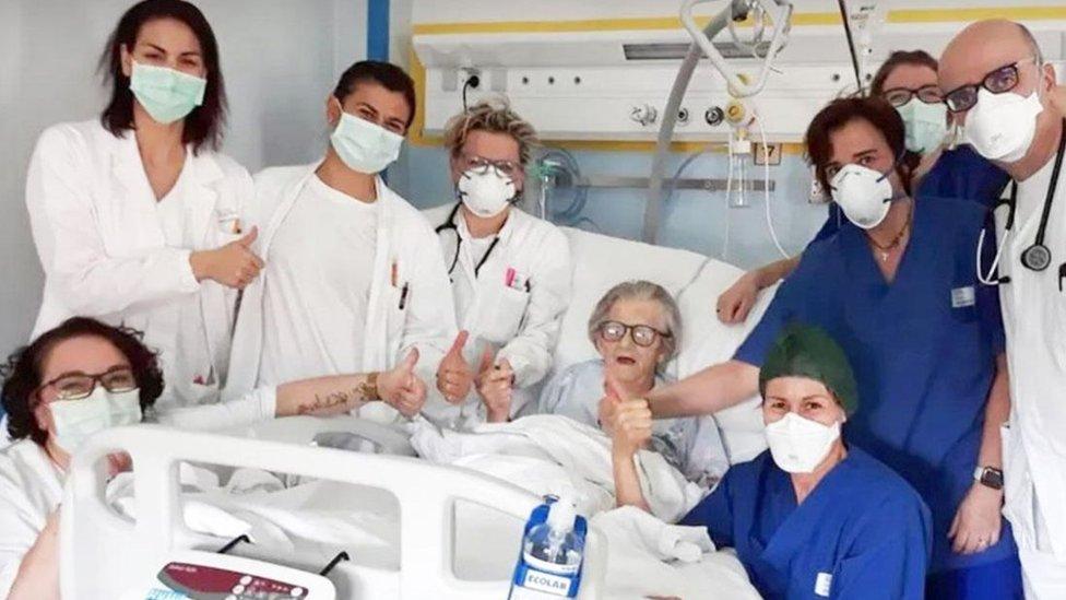 Italia: Alma Clara Corsini, la anciana de 95 años que superó el COVID-19 y se convirtió en el rostro de la esperanza