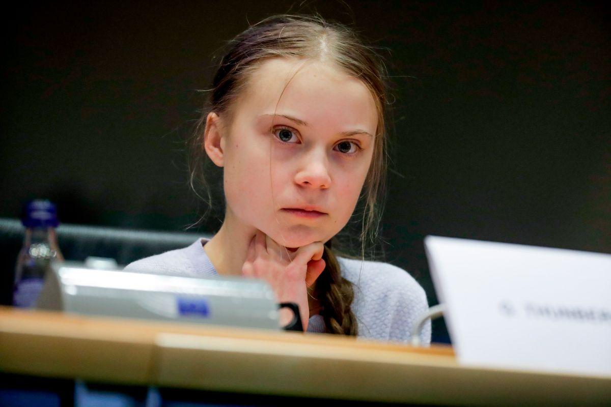 Activista Greta Thunberg dice que pudo tener COVID-19 e insta a jóvenes a quedarse en casa