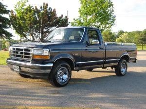SVT Lightning, la primera camioneta de estilo musculoso de Ford