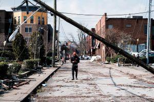Asciende a 25 el número de fallecidos en el trágico tornado en Tennessee
