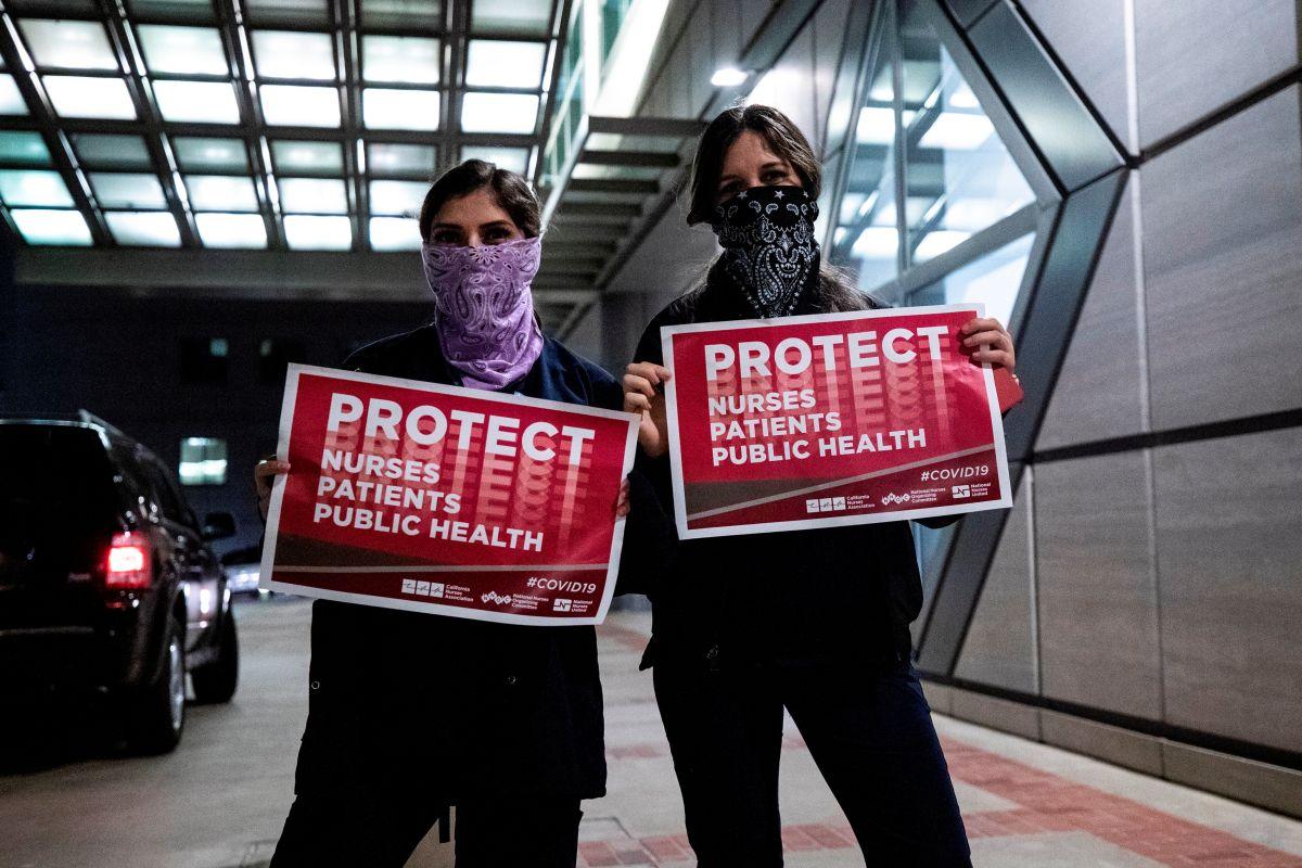 Enfermeras exigen mayor protección ante la enfermedad.