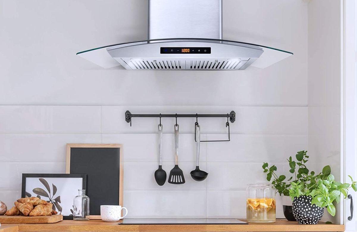 Los 4 mejores diseños de campanas extractoras para tu cocina